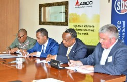 Photo AGCO AAQ Strathmore MOU Signing 1.jpg